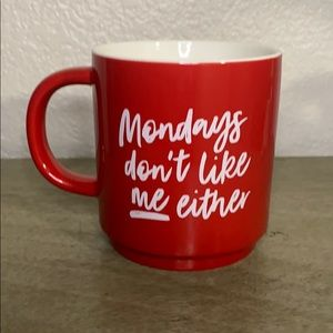 Threshold Monday's don't like me either Mug Red